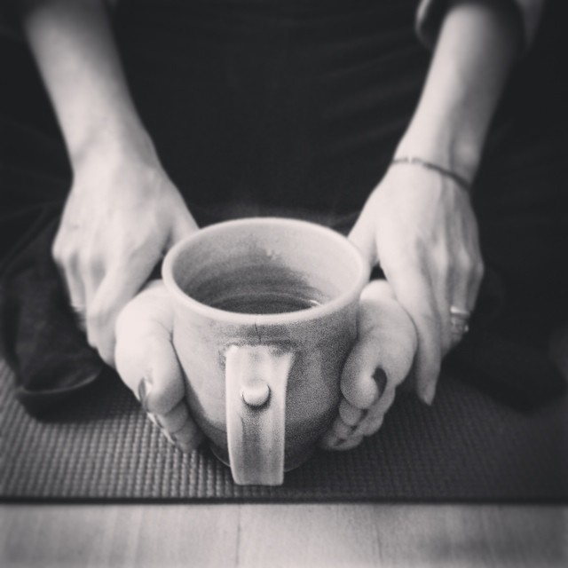 Linus thought me using my warming #herbaltea to warm my feet & hands after #yoga was funny enough for a photo. But I'm sure lots of people do this! #coldtoes #onthemat #yogadaily #yogamat #breakfast #healing #tisaniere by @himalaya_uk