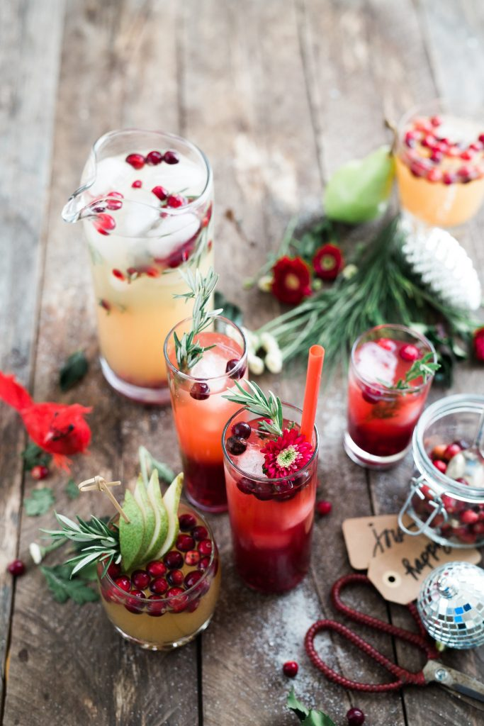 party food berries and drinks